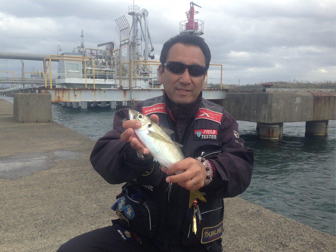 楠 雅文さんの投稿画像,写っている魚はアジ
