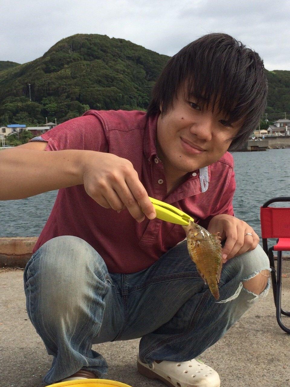 さとるさんの投稿画像,写っている魚はホシササノハベラ