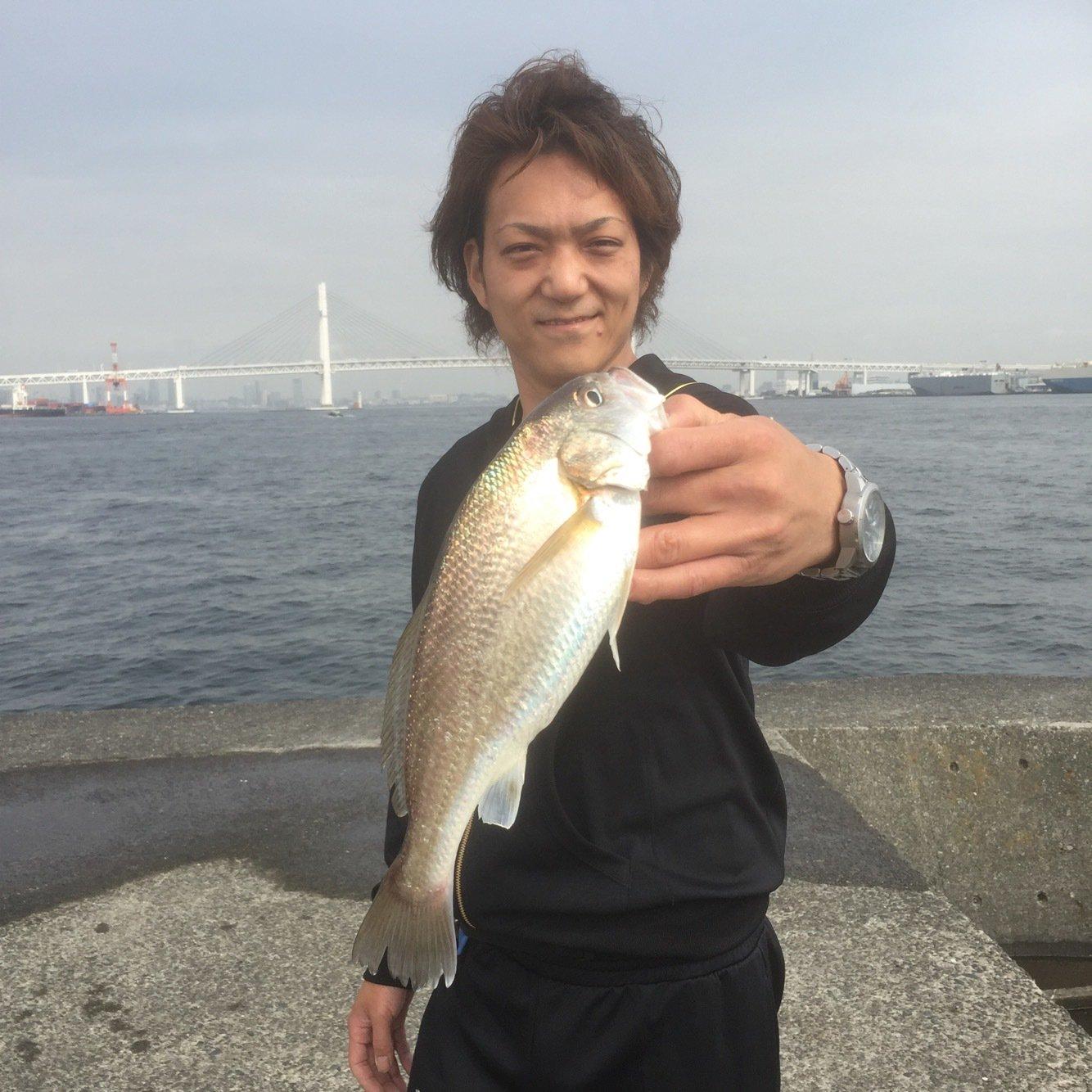 りょーへいさんの投稿画像,写っている魚はイシモチ