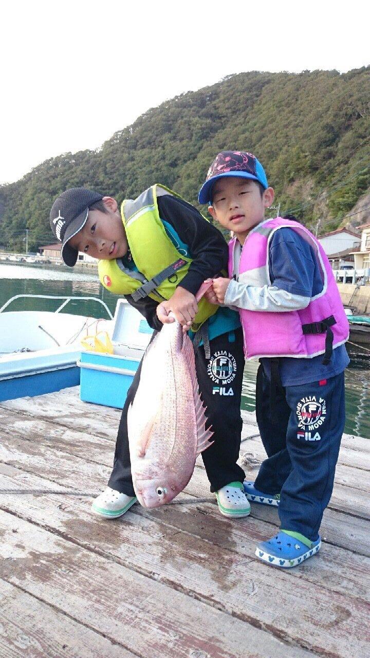 小宮 大輔さんの投稿画像,写っている魚はマダイ