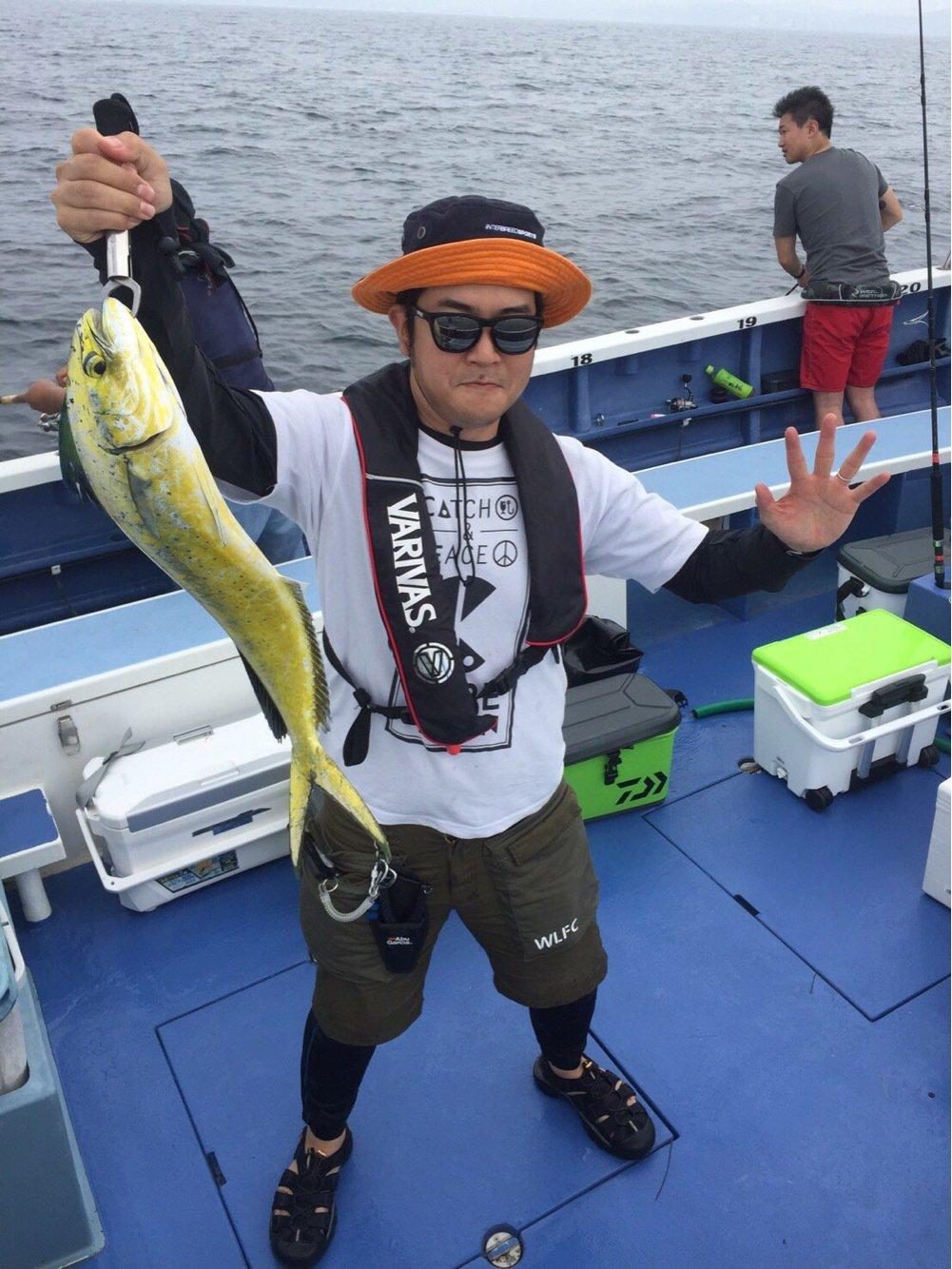 マノメディアさんの投稿画像,写っている魚はシイラ