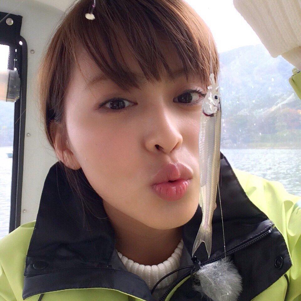 三原勇希さんの投稿画像,写っている魚はワカサギ