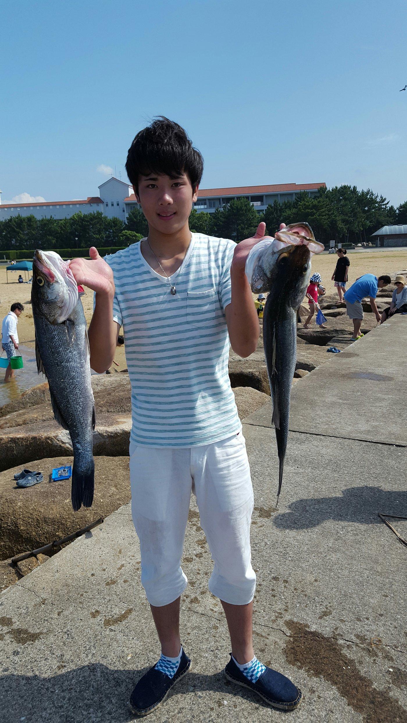 ミクロン( *¯ ꒳¯*)miさんの投稿画像,写っている魚はスズキ