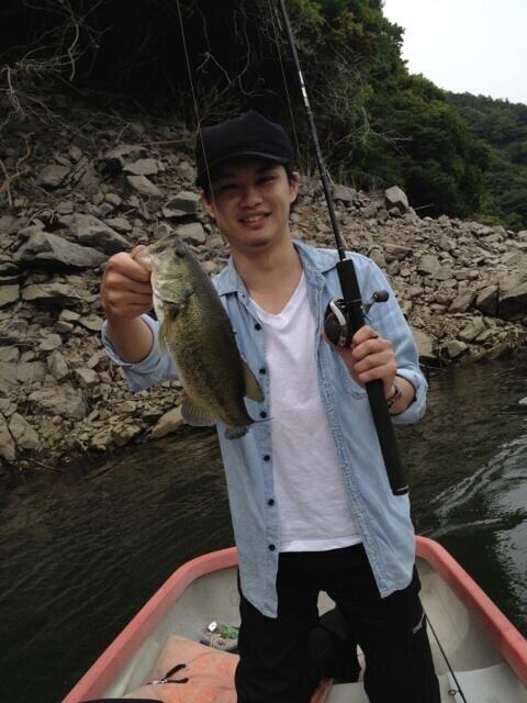 いたちゃいさんの投稿画像,写っている魚はブラックバス