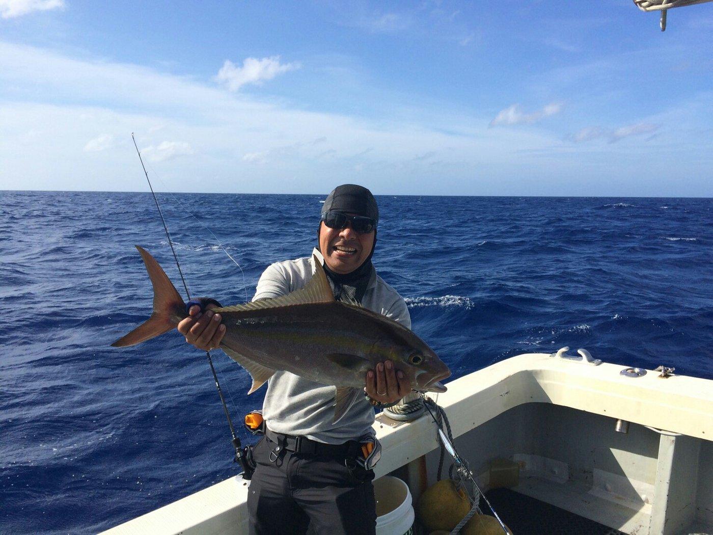 Yasuhiko Kurimaさんの投稿画像,写っている魚はヒレナガカンパチ