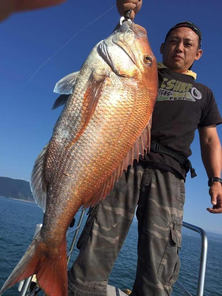 teruさんの投稿画像,写っている魚はマダイ