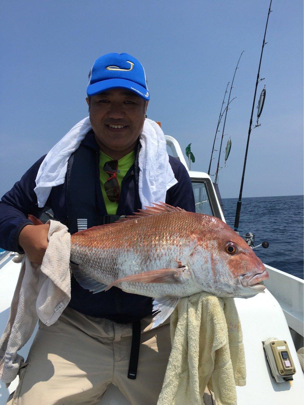 ひできさんの投稿画像,写っている魚はマダイ