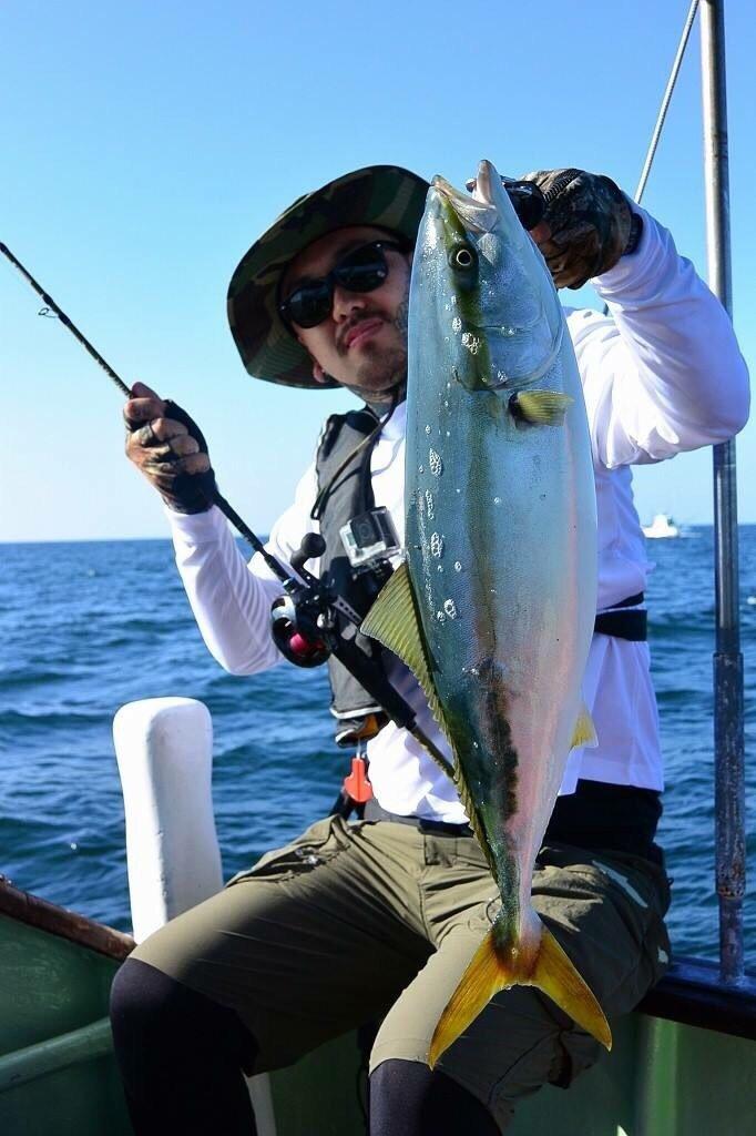 thegskさんの投稿画像,写っている魚はワラサ