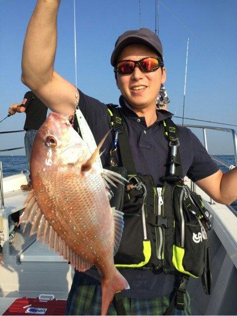 サゴシさんの投稿画像,写っている魚はマダイ