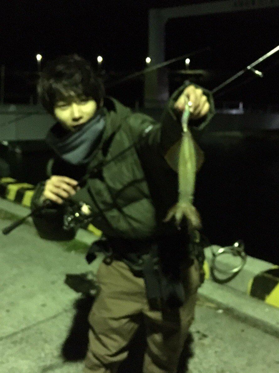 いなしんさんの投稿画像,写っている魚はヤリイカ