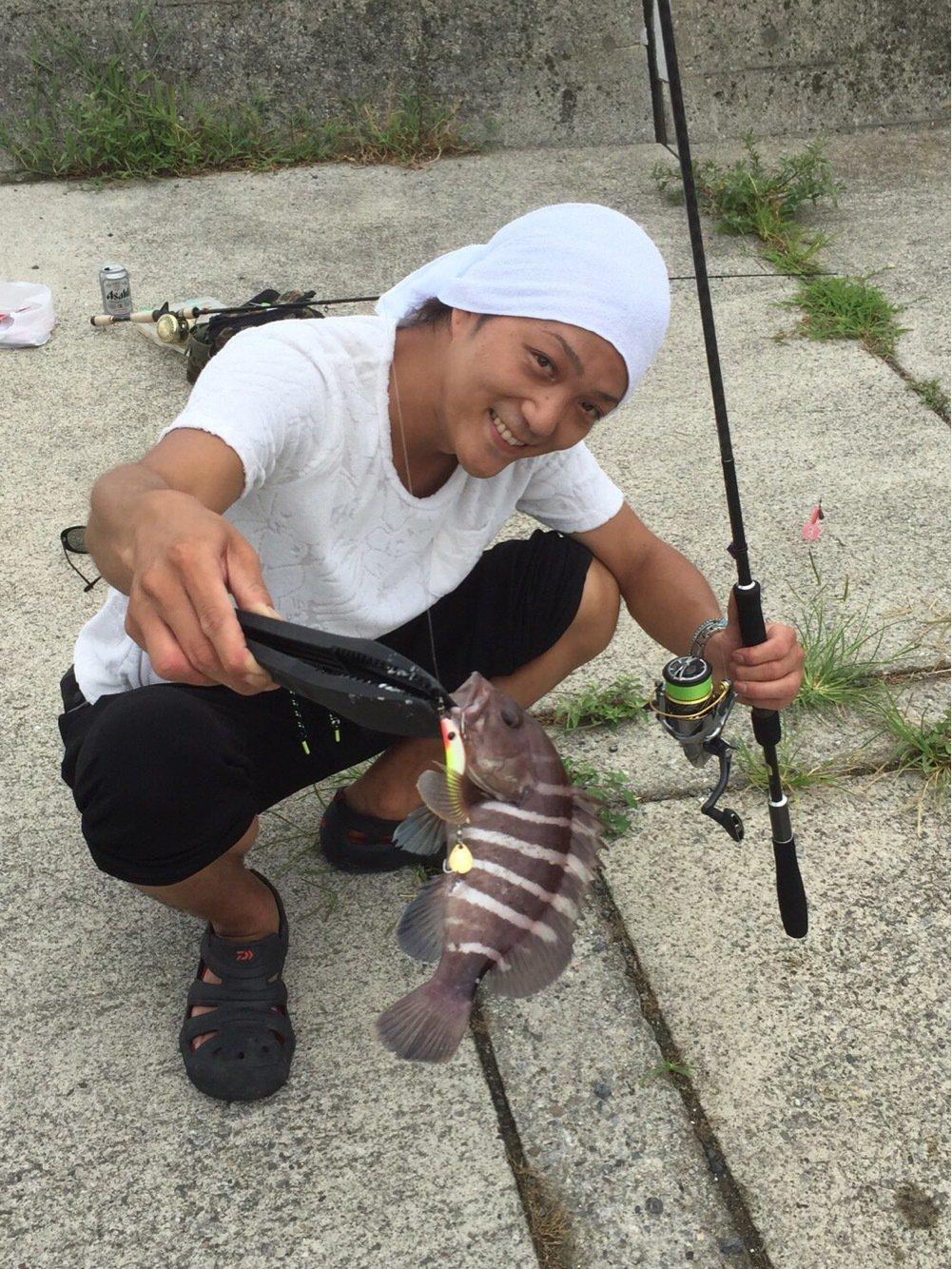 りょーへいさんの投稿画像,写っている魚はマハタ