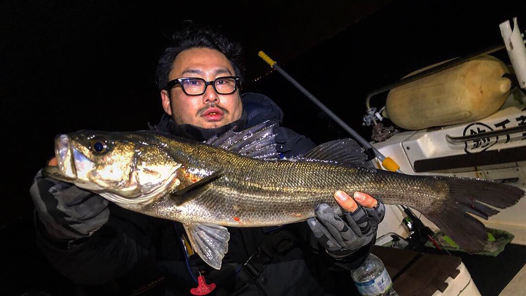 Yusuke さんの投稿画像,写っている魚はスズキ