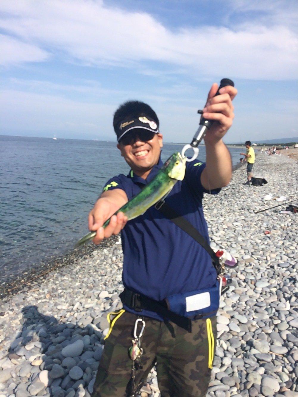 もっちさんの投稿画像,写っている魚はシイラ