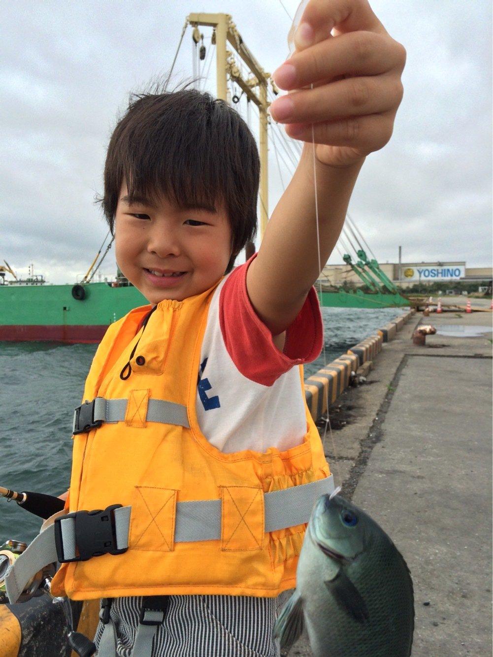 お侍さんの投稿画像,写っている魚はメジナ