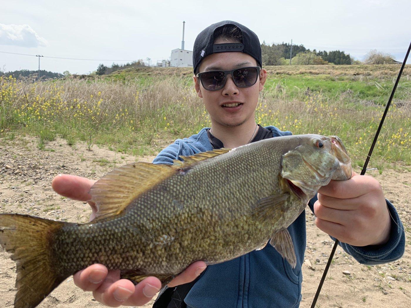 Ren.Namekataさんの投稿画像,写っている魚はスモールマウスバス