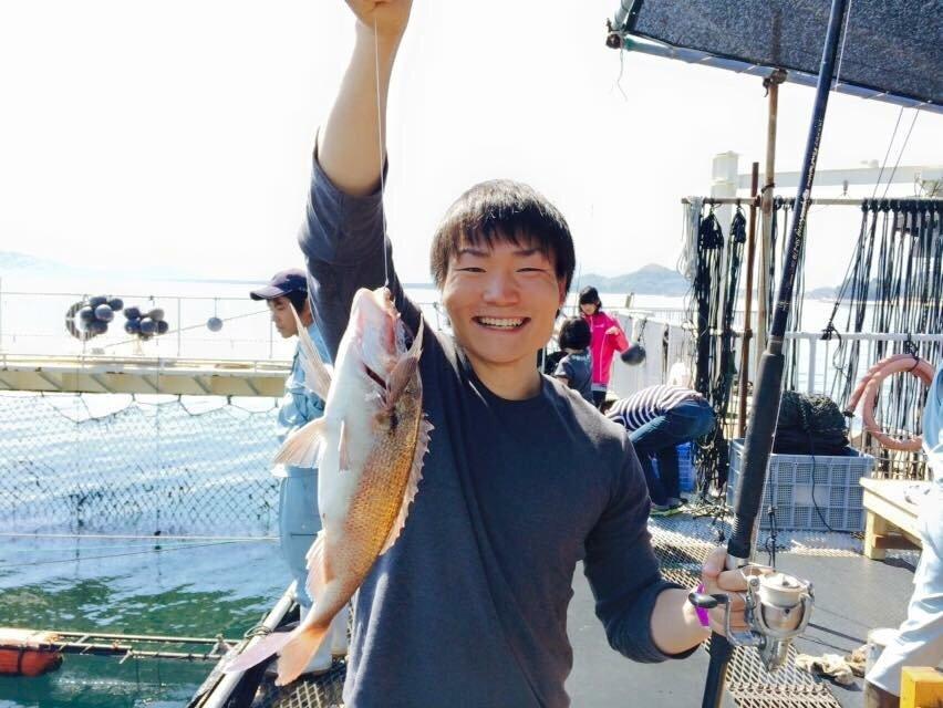 タカハシ シュウヘイさんの投稿画像,写っている魚はマダイ