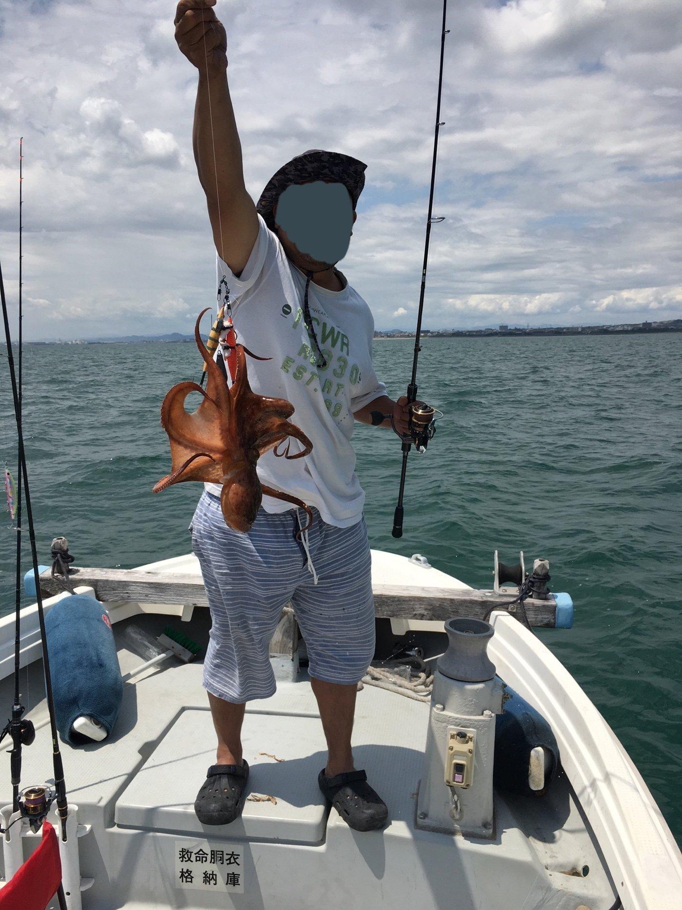 凜咲さんの投稿画像,写っている魚はマダコ