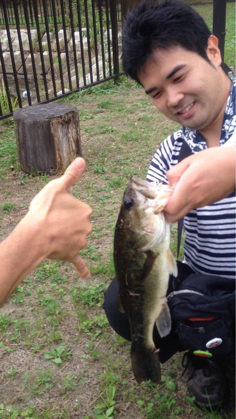 ザクザクさんの投稿画像,写っている魚はブラックバス