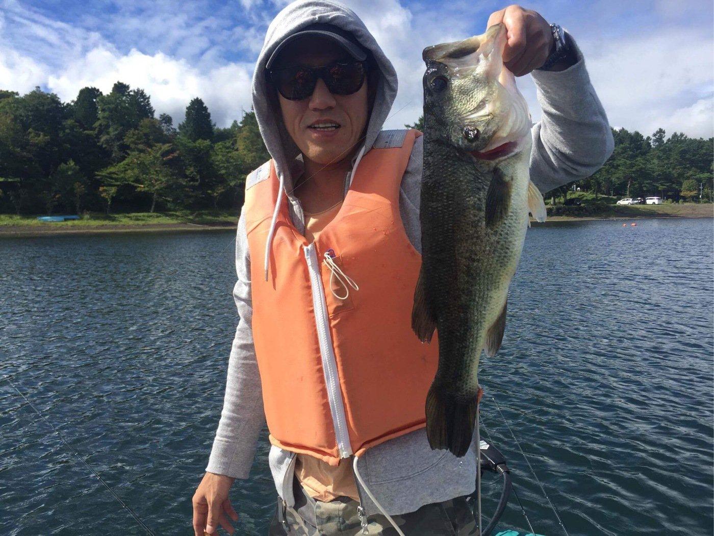 小林晃さんの投稿画像,写っている魚はブラックバス