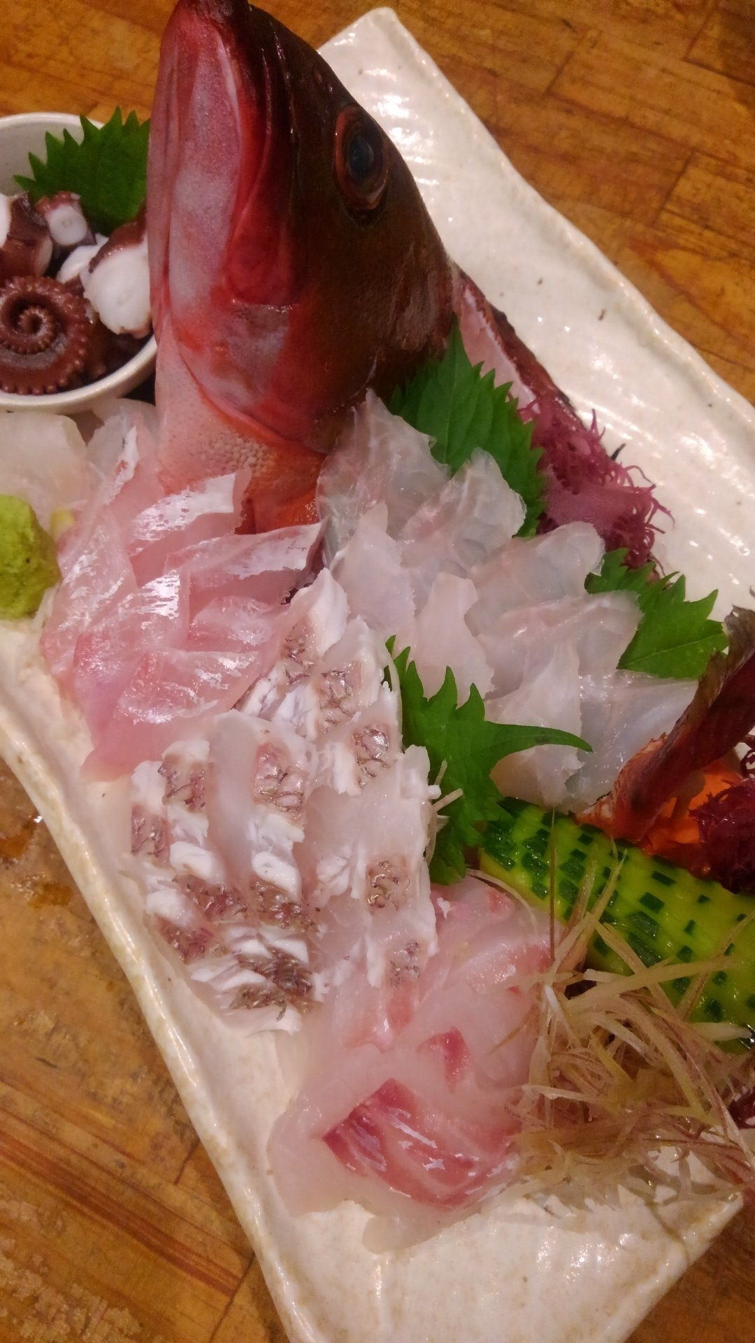 KRO さんの投稿画像,写っている魚はカサゴ,マダイ,マダコ,アカハタ,ヒラスズキ