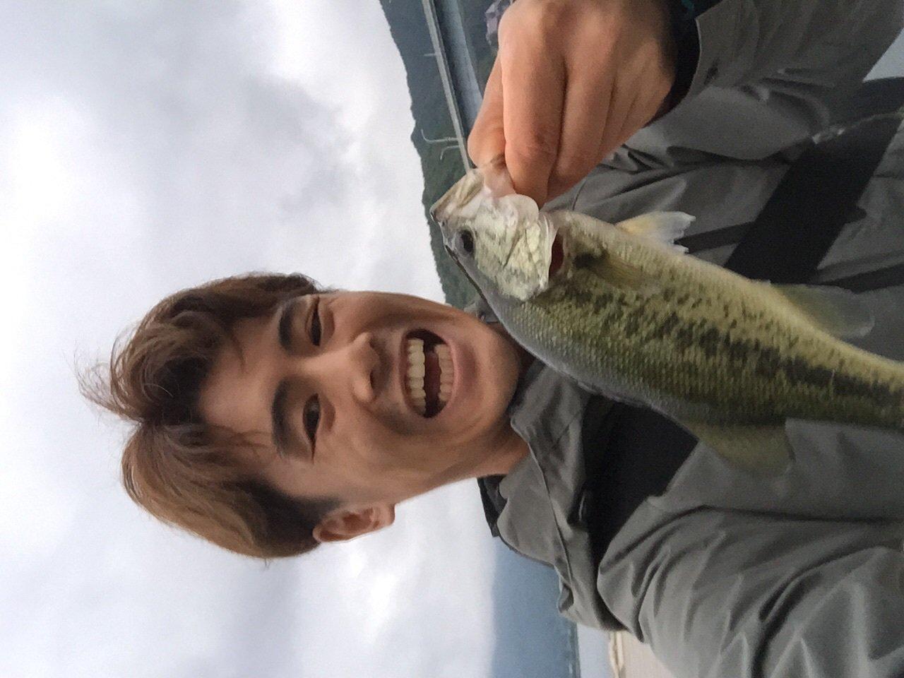 ossamさんの投稿画像,写っている魚はブラックバス