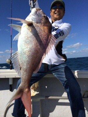 太郎丸さんの投稿画像,写っている魚はマダイ
