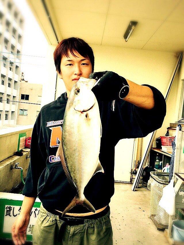 マー君フィッシングクラブさんの投稿画像,写っている魚はカンパチ