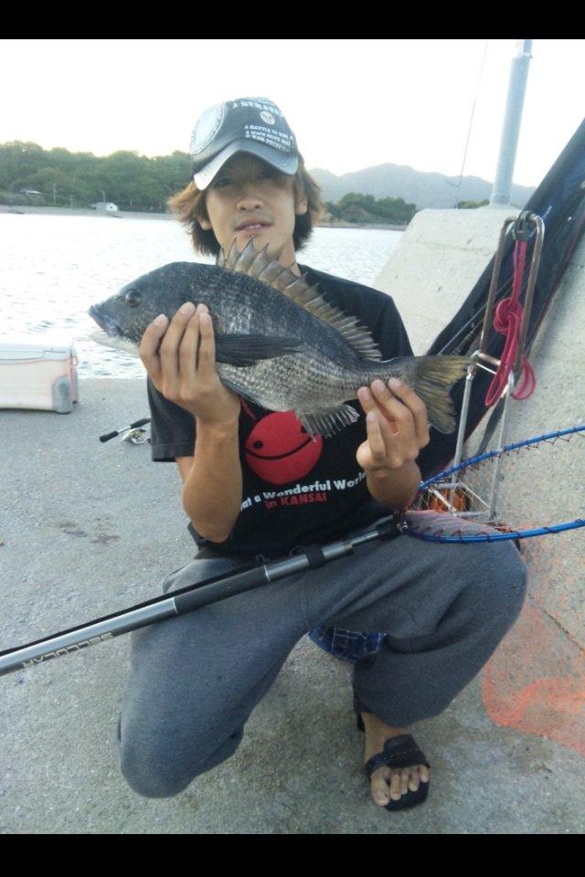 Takaさんの投稿画像,写っている魚はクロダイ