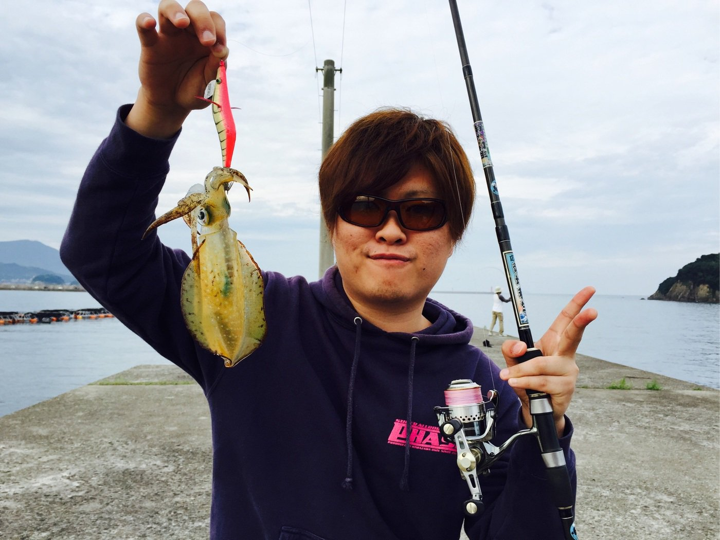 けーちゃんさんの投稿画像,写っている魚はアオリイカ