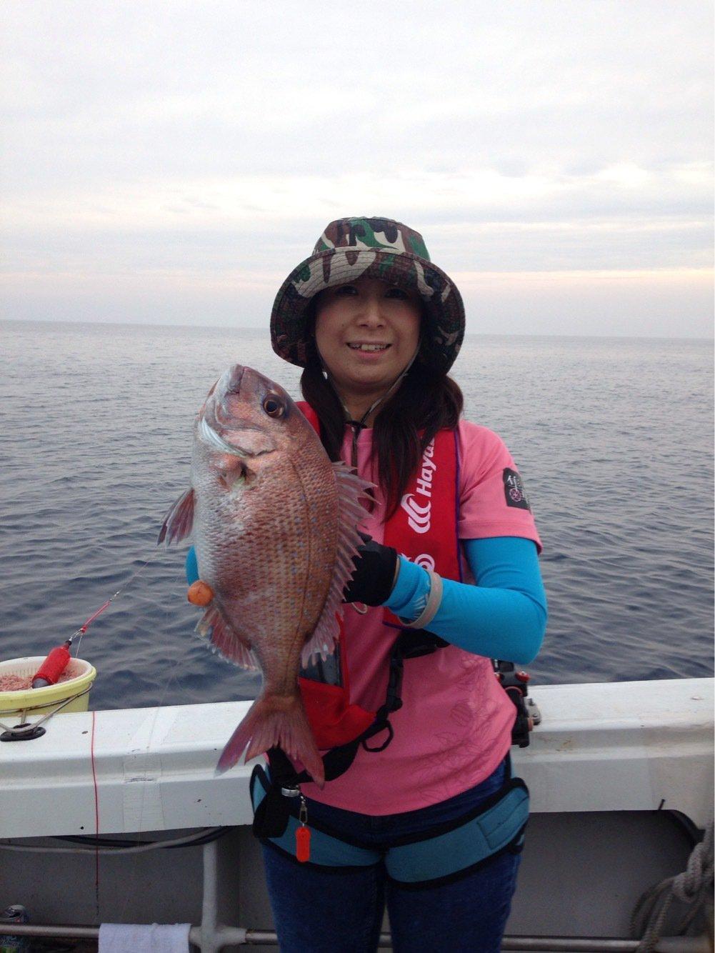 Masakoさんの投稿画像,写っている魚はマダイ