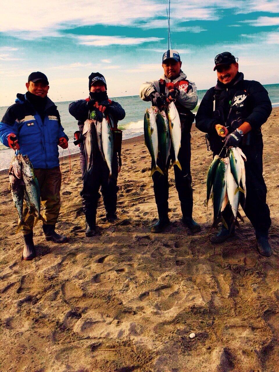 須藤守さんの投稿画像,写っている魚はワラサ