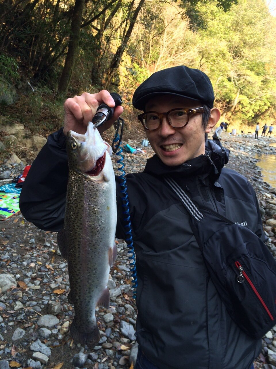 メガネさんの投稿画像,写っている魚はニジマス
