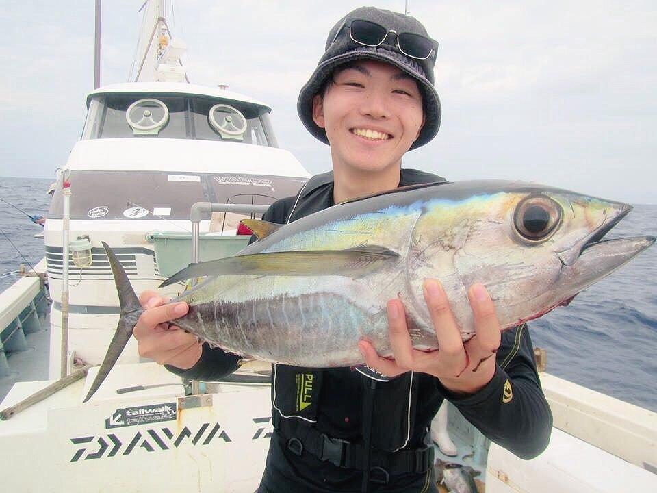 スズキリさんの投稿画像,写っている魚はメバチマグロ