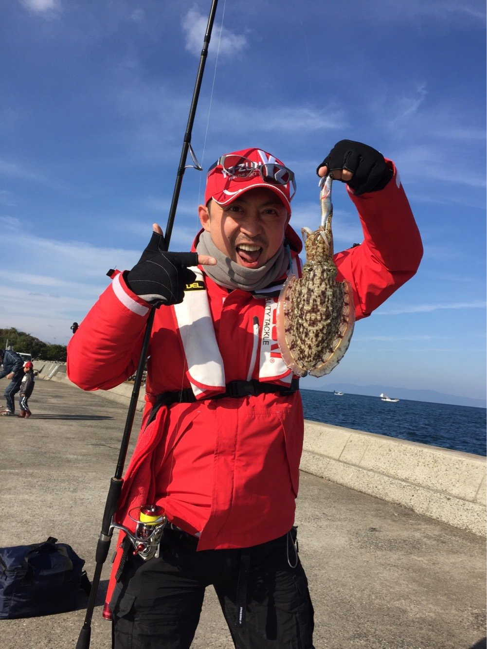 バシケンさんの投稿画像,写っている魚はコウイカ