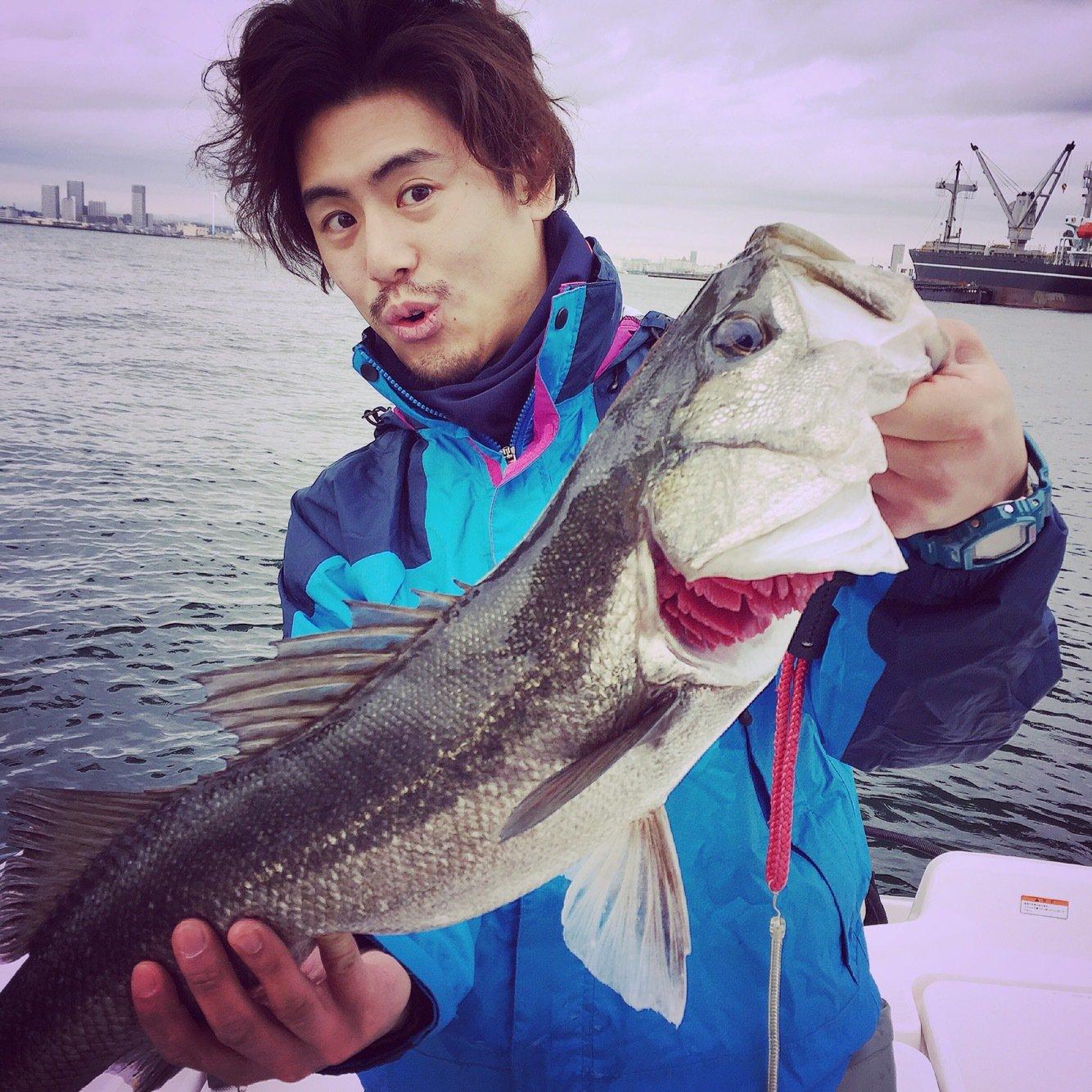 ossamさんの投稿画像,写っている魚はスズキ