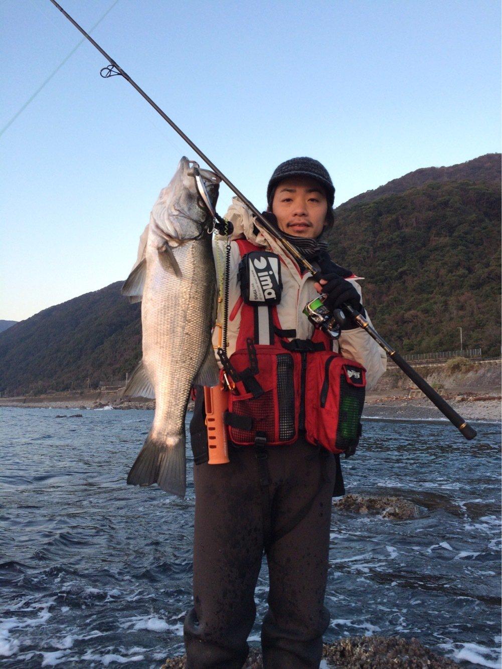 のっさんさんの投稿画像,写っている魚はヒラスズキ