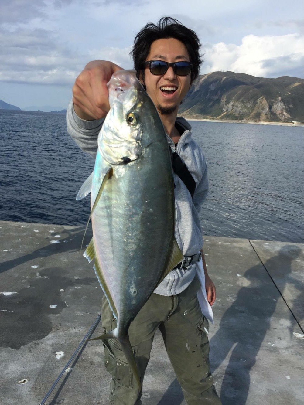 ゆーとさんの投稿画像,写っている魚はシマアジ
