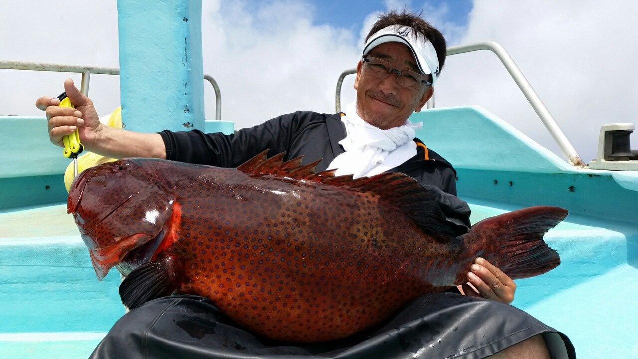 boboss5さんの投稿画像,写っている魚はスジアラ
