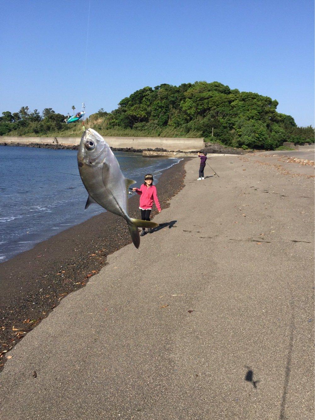 健さんの投稿画像,写っている魚はギンガメアジ