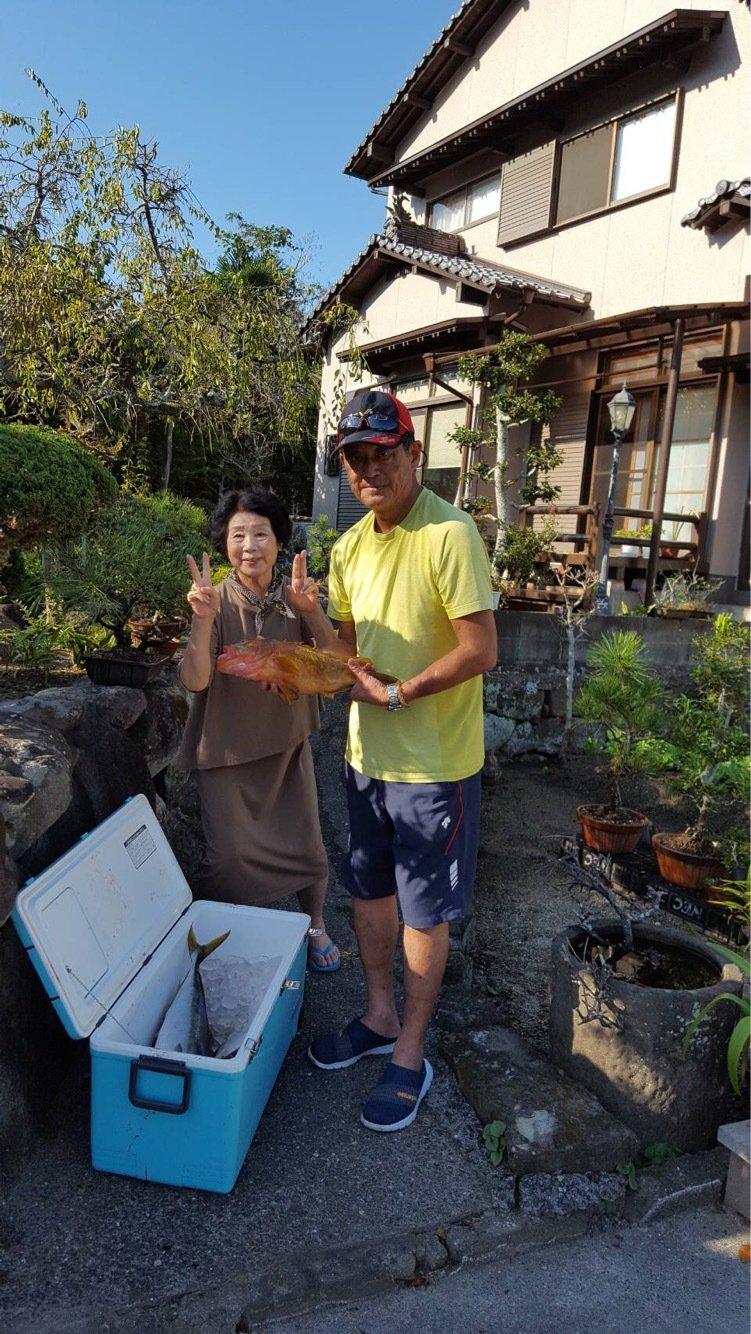 田上晴信さんの投稿画像,写っている魚はアカハタ