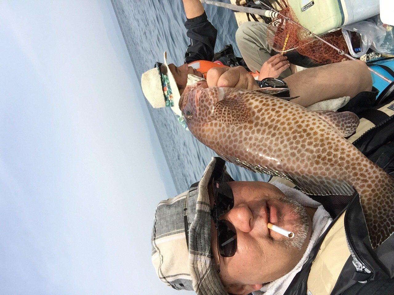 健さんの投稿画像,写っている魚はオオモンハタ