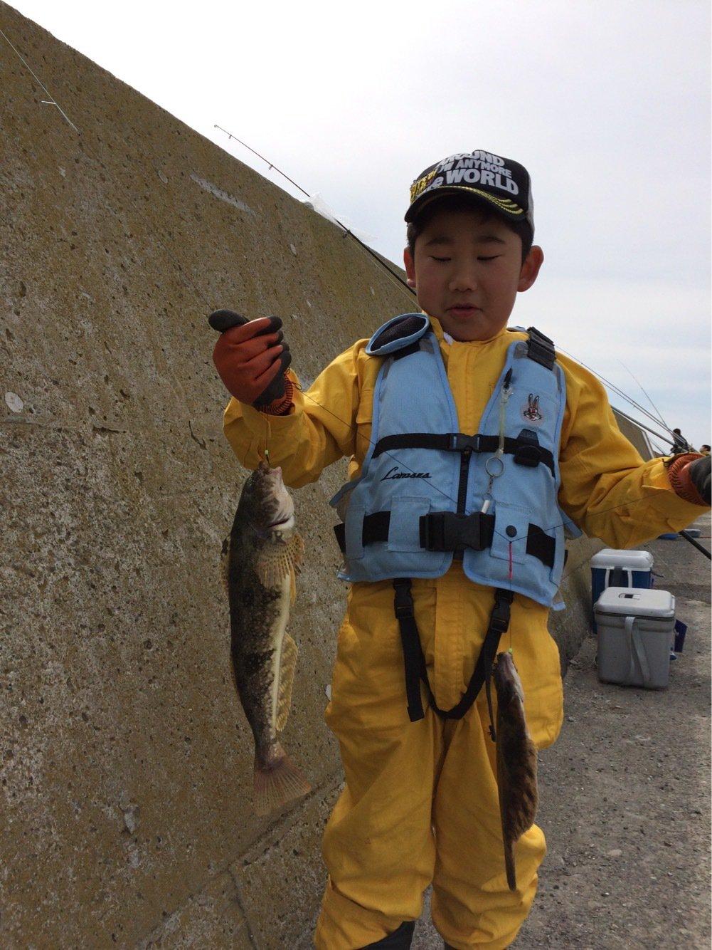 トリトンさんの投稿画像,写っている魚はワカサギ