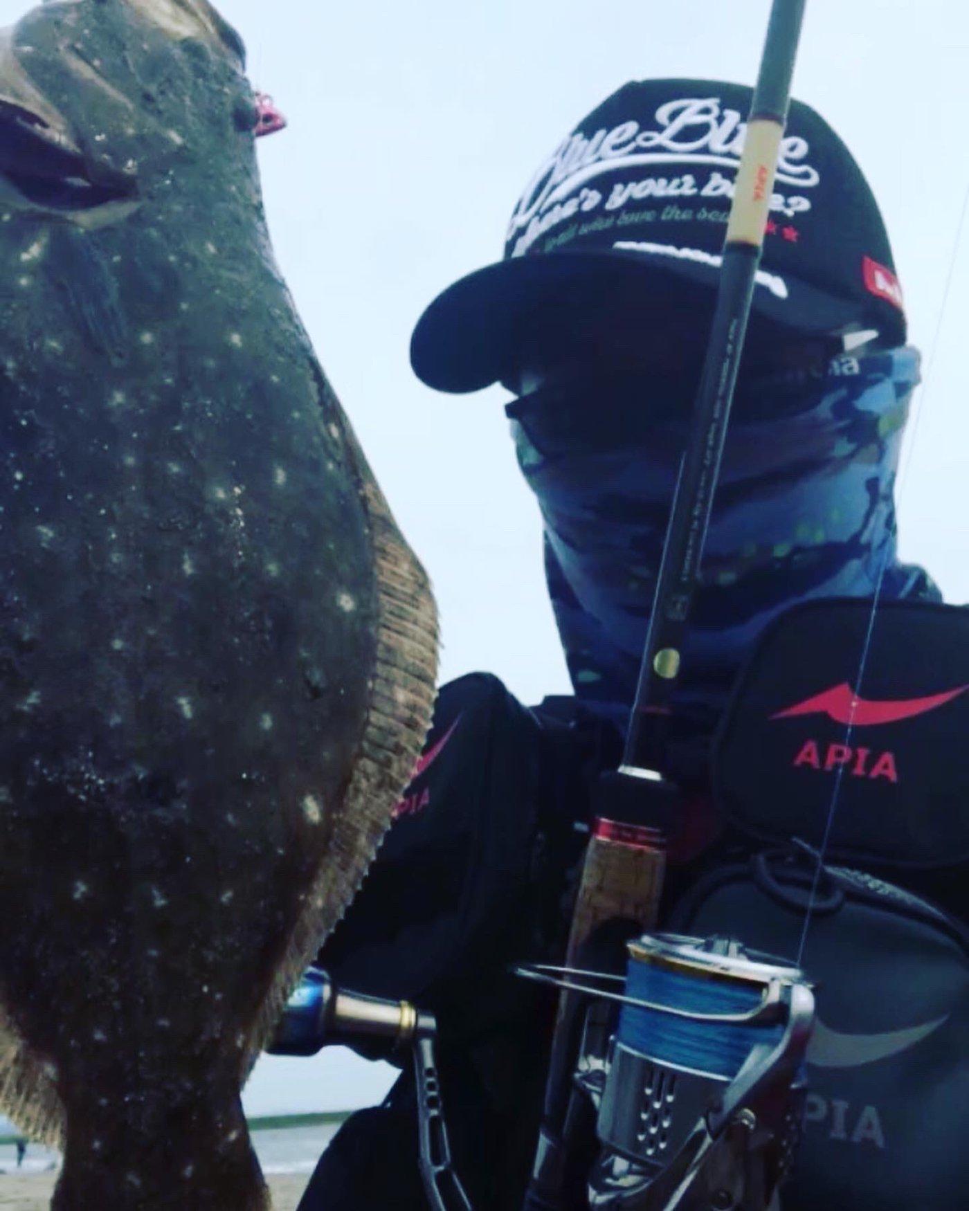吉田のユージさんの投稿画像,写っている魚はヒラメ,